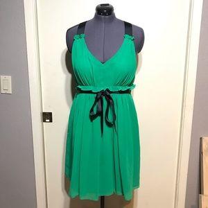 ⭐️ 5/$25 ⭐️ J. Taylor Dress
